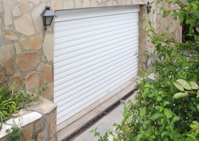 instalación puerta garaje